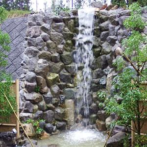 龍潜寺の滝
